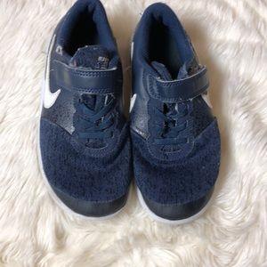 Nike sneakers 13c